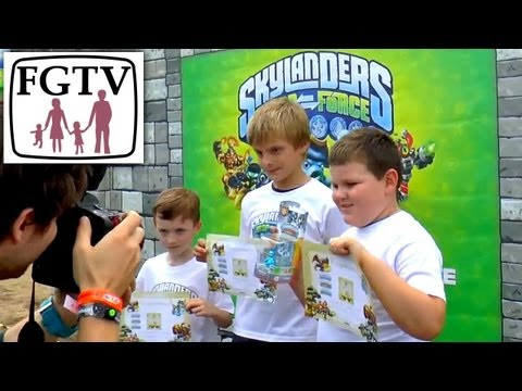 (3 of 3) Official 2013 Skylanders National Champion Announced – Finals on Swap Force and Giants - YouTube thumbnail