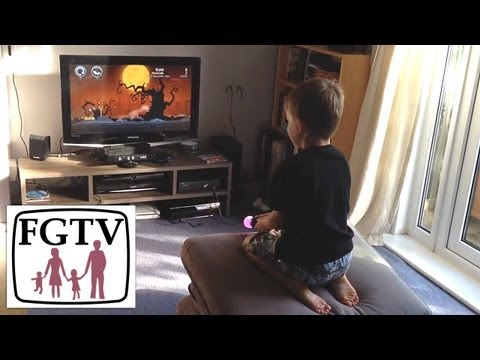 Angry Birds Trilogy 360 and PS3 Comparison Review (FGTV 2.41)