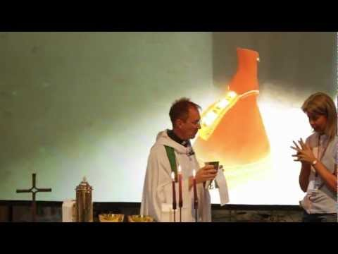 Exeter Cathedral Use Playstation 3 Journey in Worship (FGTV 2.20) - YouTube thumbnail
