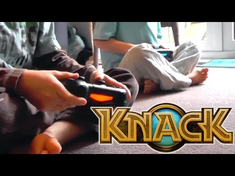 Knack PS4 Review – Brothers Play Dualshock Co-Op & Vita (TV Off) Co-Op