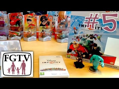 Let's Play Disney Infinity 5 – Big Unboxing Wii Version - YouTube thumbnail