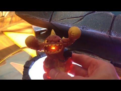 LightCore Skylanders Shroomboom, Eruptor and Prism Break Gameplay and Figures - YouTube thumbnail