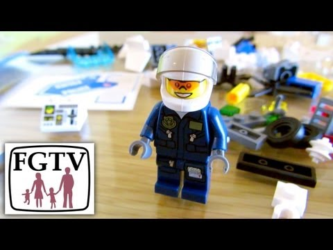 Limited Edition LEGO Police Helicopter (4473) Review & Unboxing - YouTube thumbnail