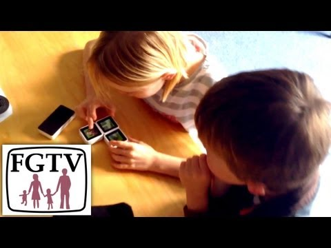 Sifteo Gaming Cube Family Review (FGTV 2.66) - YouTube thumbnail