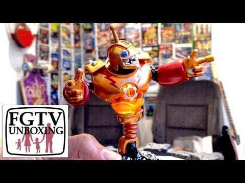 Skylanders Giants Bouncer Unboxing (FGTV.2.40) - YouTube thumbnail