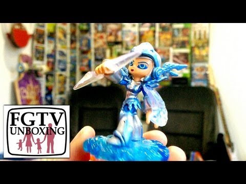 Skylanders Giants Chill Unboxing (FGTV 2.30) - YouTube thumbnail