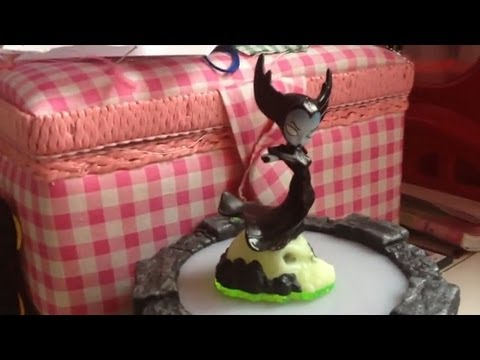 Skylanders Giants Preview – Crusher and Bouncer and LightCore - YouTube thumbnail