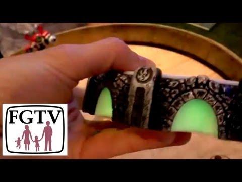 Skylanders Swap Force Final PS4 Portal Hands On At GamesCom - YouTube thumbnail