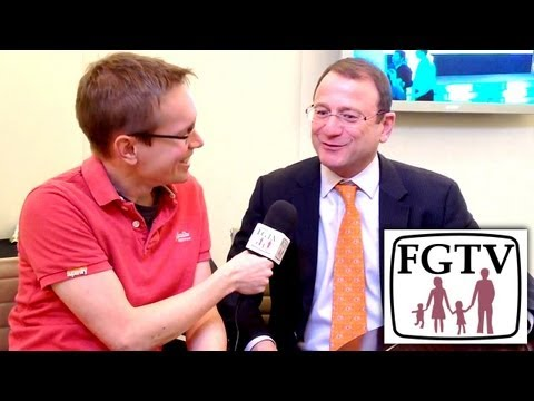 Toys R Us CEO Talks Skylanders Swap Force and Disney Infinity - YouTube thumbnail
