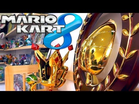 Mario Kart 8 Family Champ & Mario Circuit Wii vs Wii U - YouTube thumbnail
