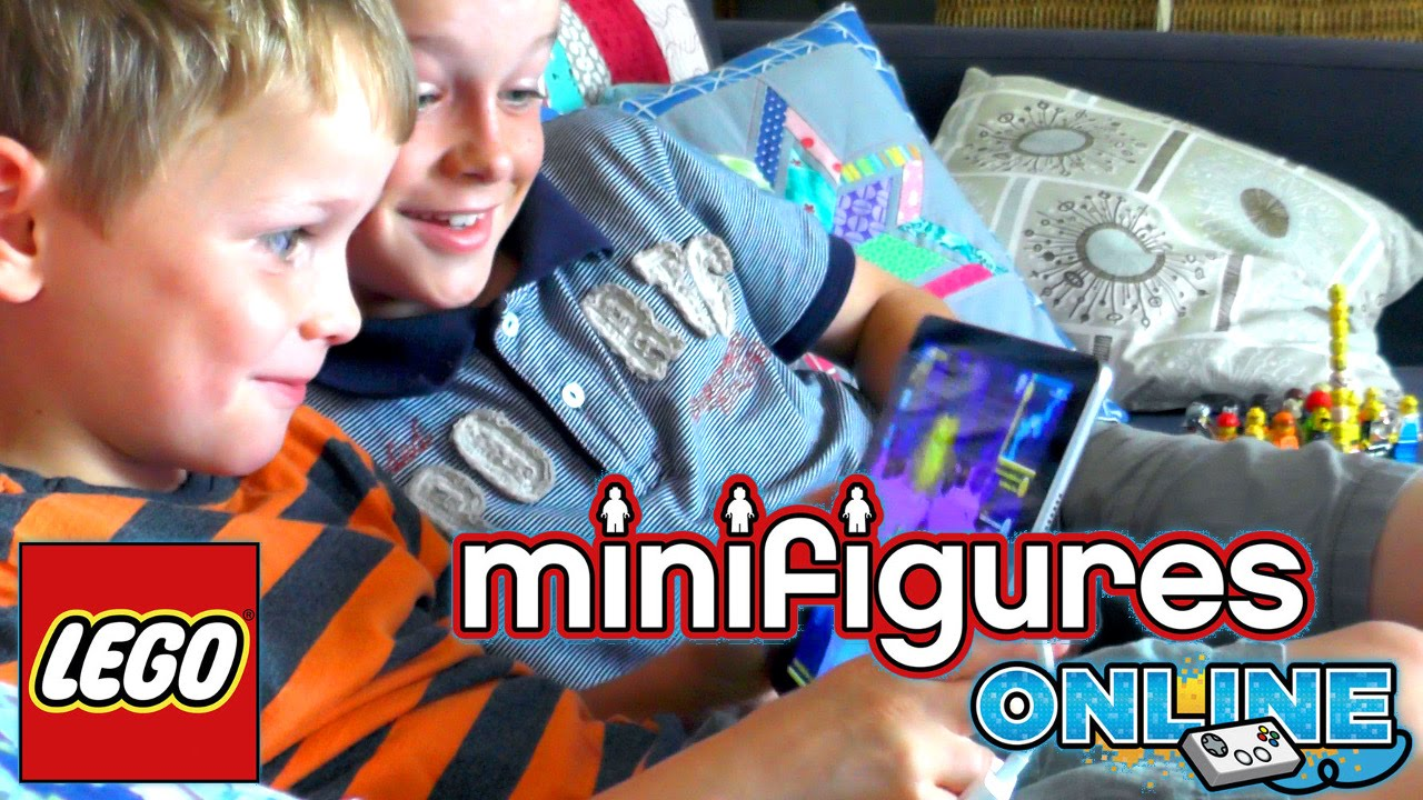 Brothers Try LEGO Minifigures Online
