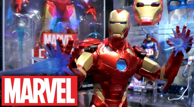 Marvel 2016 Captain America Civil War, Iron Man Helmet & Legends Figures