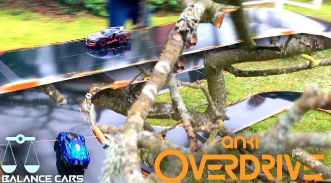 "Anki Overdrive ""Balance Cars"" Race on Tree-Top-Track (Ground Shock vs. Guardian)"