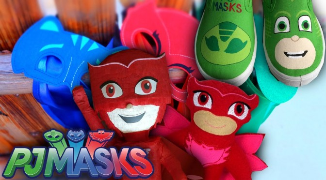 PJ Masks Toy & Outfit Shopping – Owlette Cape, Mask, Hat and Shoes