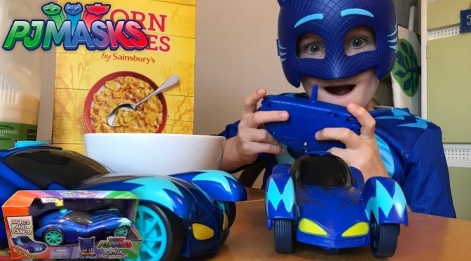 PJ Mask Sleeping Catboy – New Light-Up R/C Cars (Disney Junior)