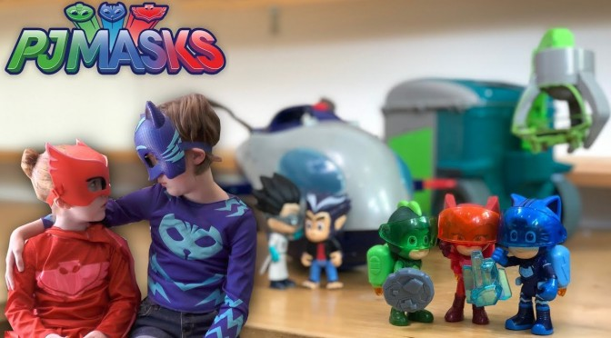 PJ Masks Super Moon Jetpack Romeo + Howler Spy Attack