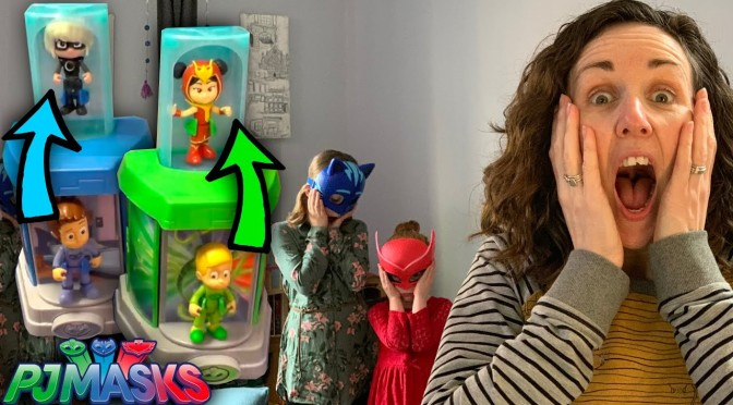 PJ Masks Locked In Transforming Toy Room